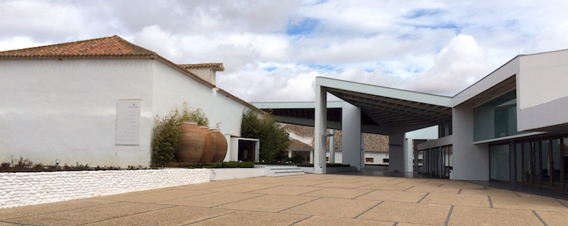 Bodegas real Spain winery exterior