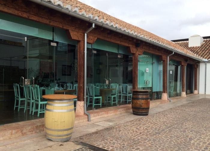 la Antigua bodega Los llanos restaurant valdepenas