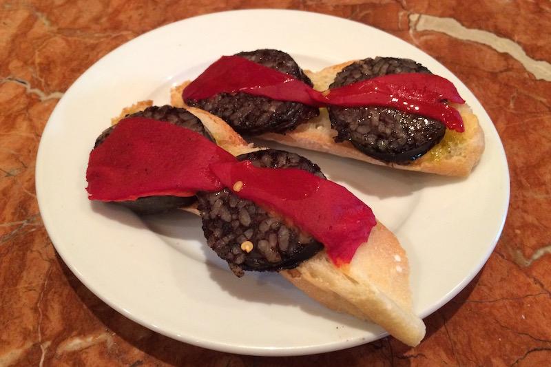 morcilla blood sausage taverna cavallers valencia spaiin