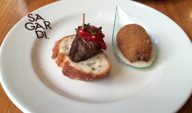 beef and croqueta ponchos sagrado valencia centro