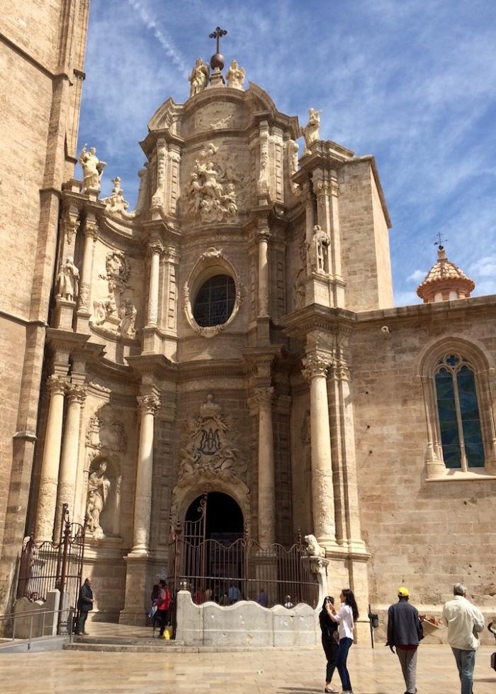 valencia cathedral entrance