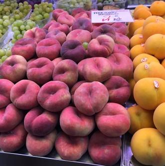 paraguayo peaches mercado central valencia spain
