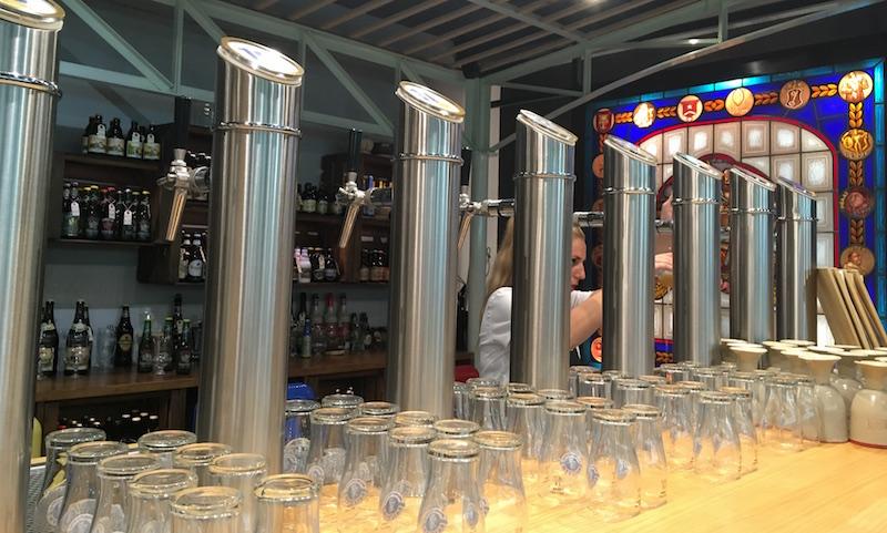 Las Cervezas del Mercado taps Valencia Spain