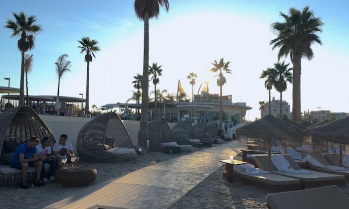 marina-beach-club-beach-bar-2