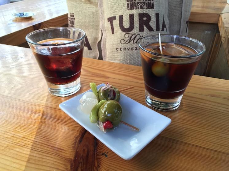Vermouth and banderilla Mi Cub Valencia