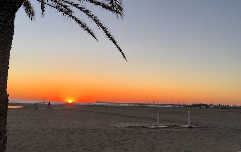 Sunrise las arenas beach valencia spain