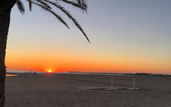 Sunrise las arenas beach valencia spain