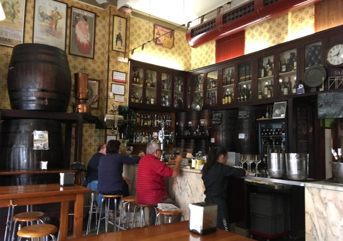 Casa Montana Bar Valencia Spain