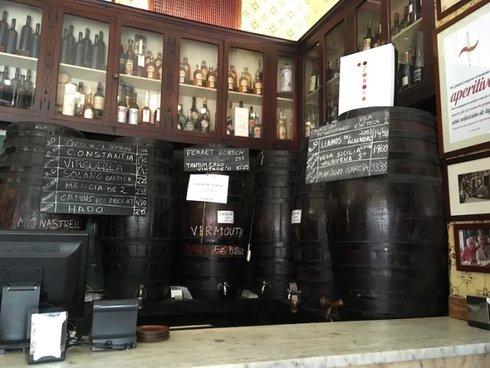 Casa Montana Wine Barrels Valencia Spain