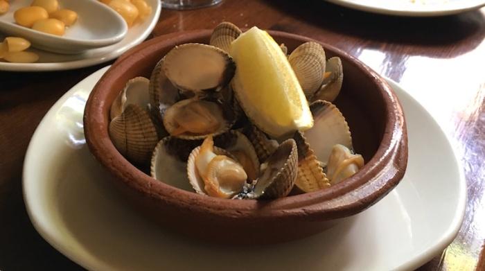 berberechos clams Casa Montana Valencia