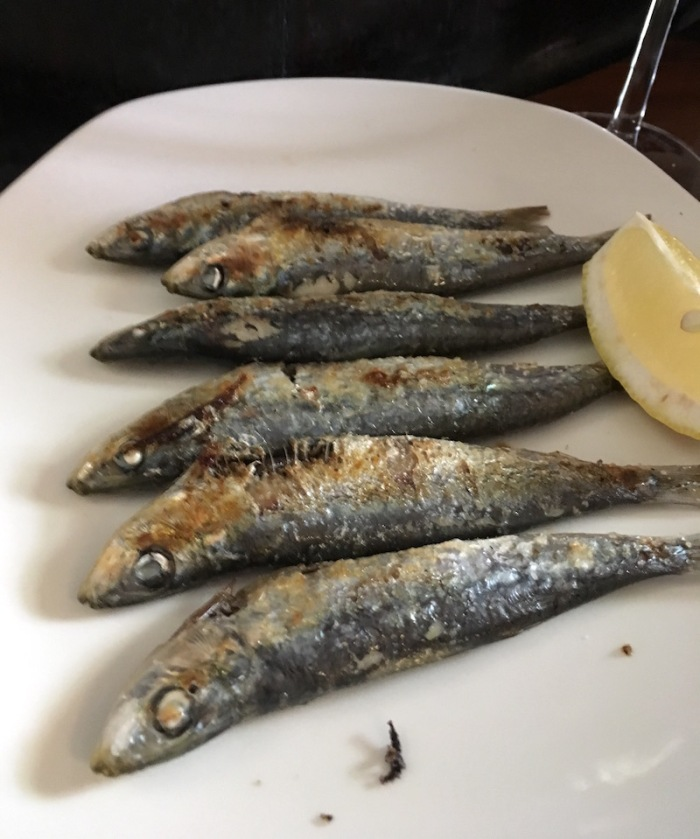 grilled sardines Casa Montana Valencia