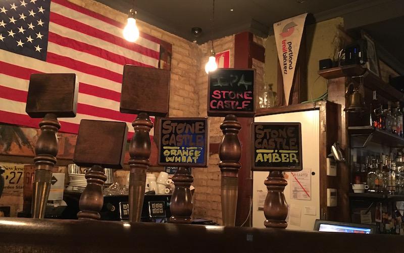 Portland Alehouse taps Valencia Spain StoneCastle Brewery