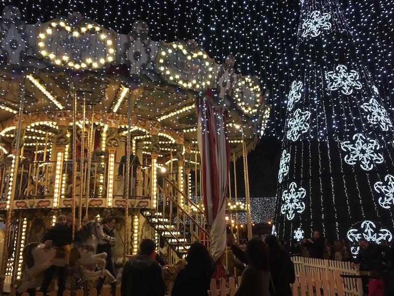 1-ayuntamiento-carousel-lights