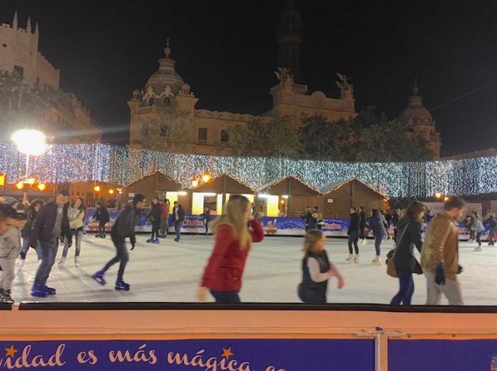 1-ayuntamiento-ice-skating