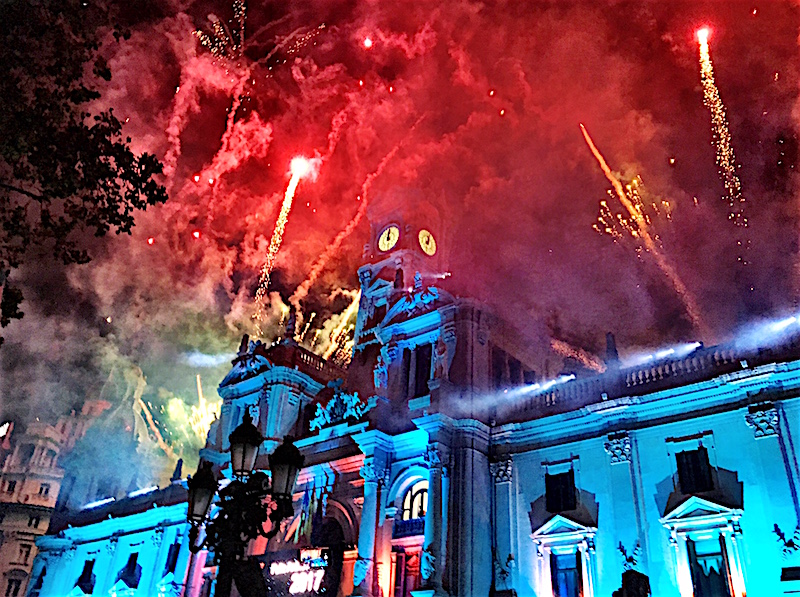 plaza ayuntamiento valencia new years eve 2016