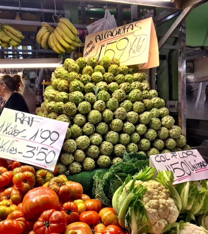 Artichokes in the market in Valencia