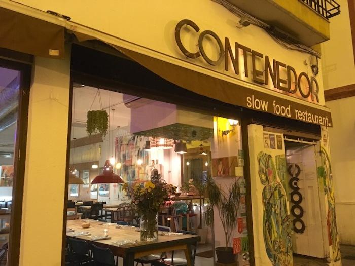 contenedor-exterior