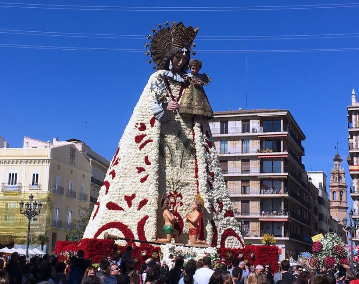 Virgin Mary Ofrenda Fallas Valencia
