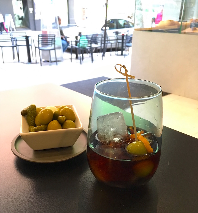 Vermouth-at-Tipics