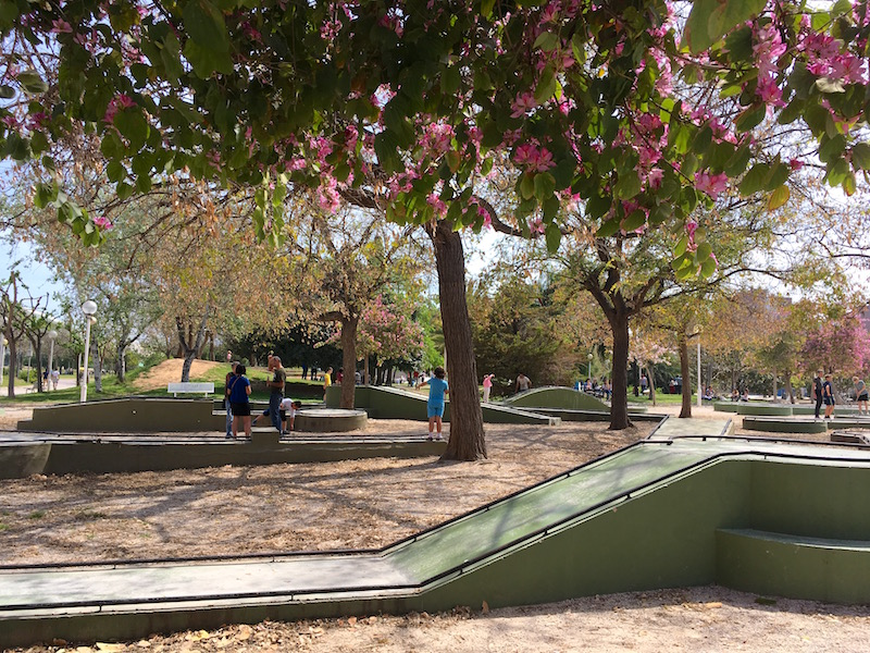 Parque Gulliver minigolf Turia Garden