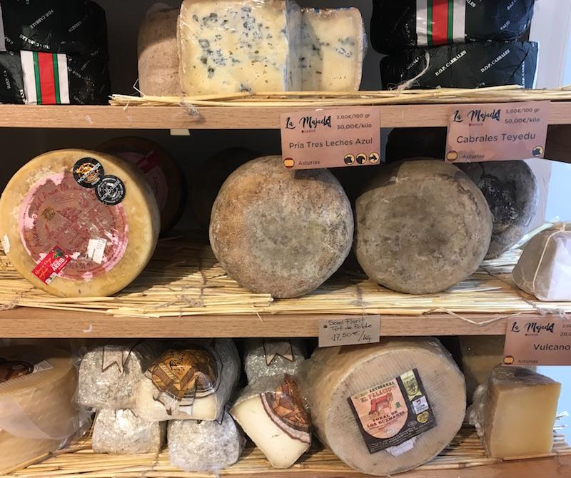 La-Majada-cheese-cellar-shelves