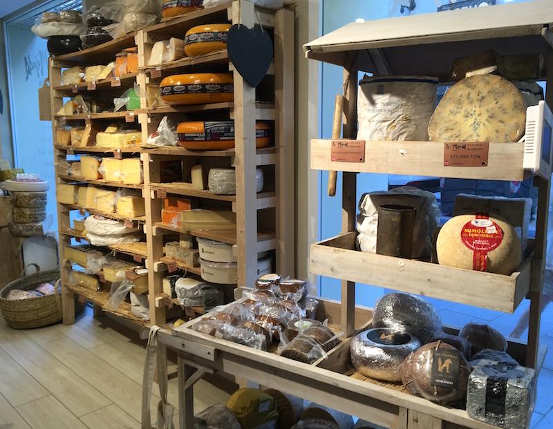La Majada Valencia Cheese Cellar