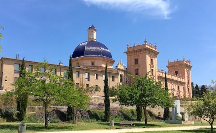 museo de belles artes valencia turia garden