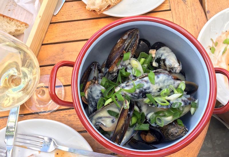 Mussels Albarino Sauce Atlantico Valencia Spain