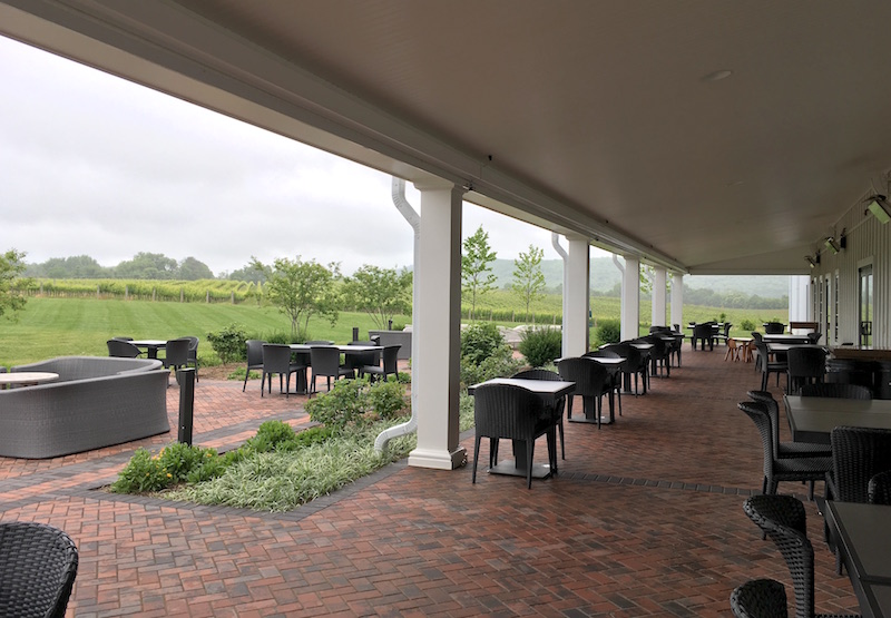 Big-Cork-Vineyards-Patio