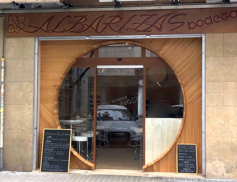 Bodega Albarizas front door
