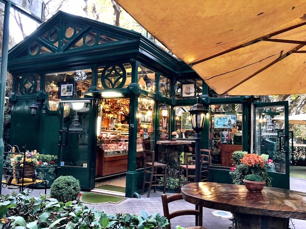 Borghese-Gardens-La-Casina-dell-Orologio