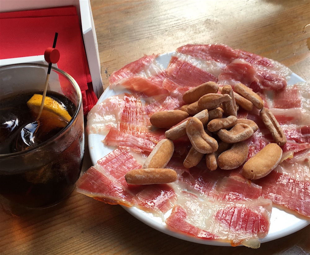 jamon and vermouth Colmado LaLola Valencia
