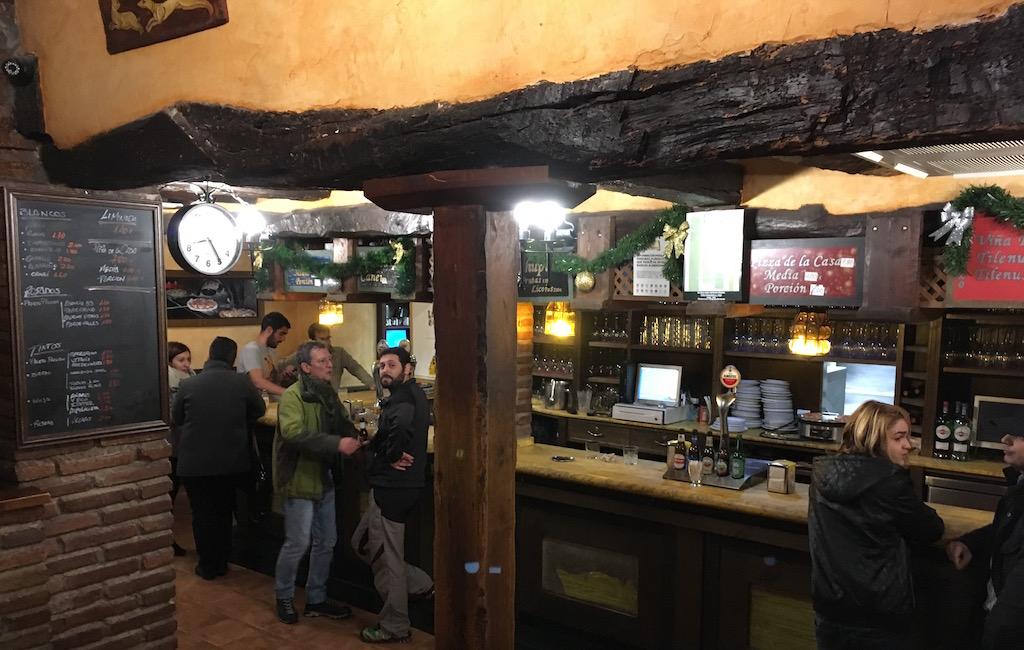 Pizzeria-La-Competencia-Bar