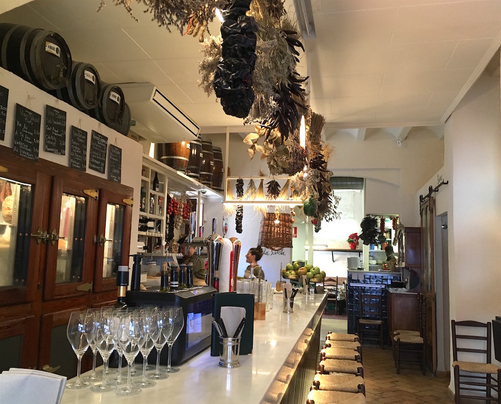 Anyora Bodega bar Valencia