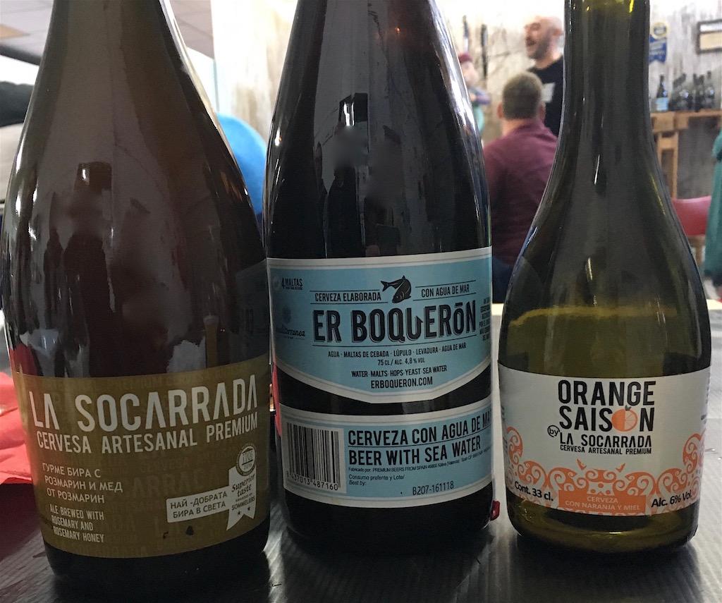 La Socarrada tasting beer lineup