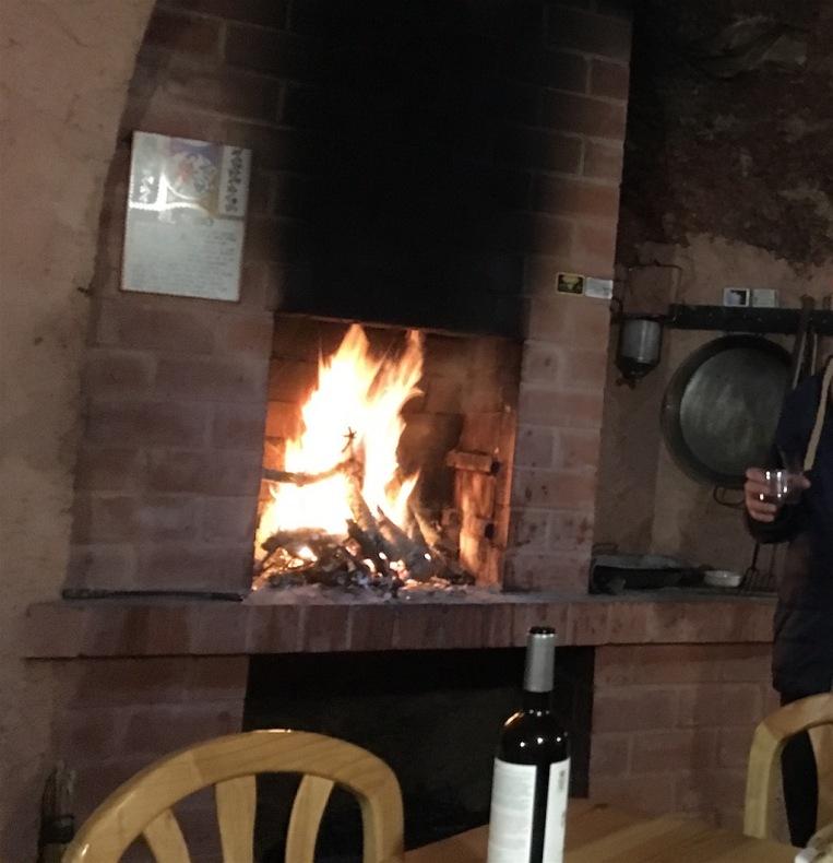 Bodega-Cave-Fireplace