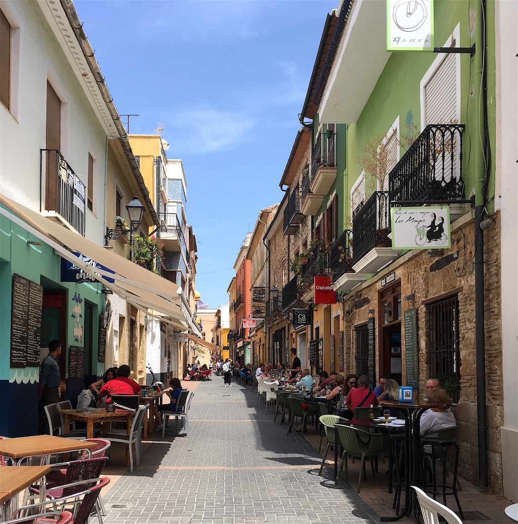 tapas restaurants carrer de loreto denia spain