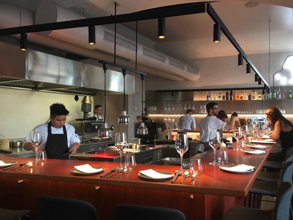 Taro restaurant open kitchen prague