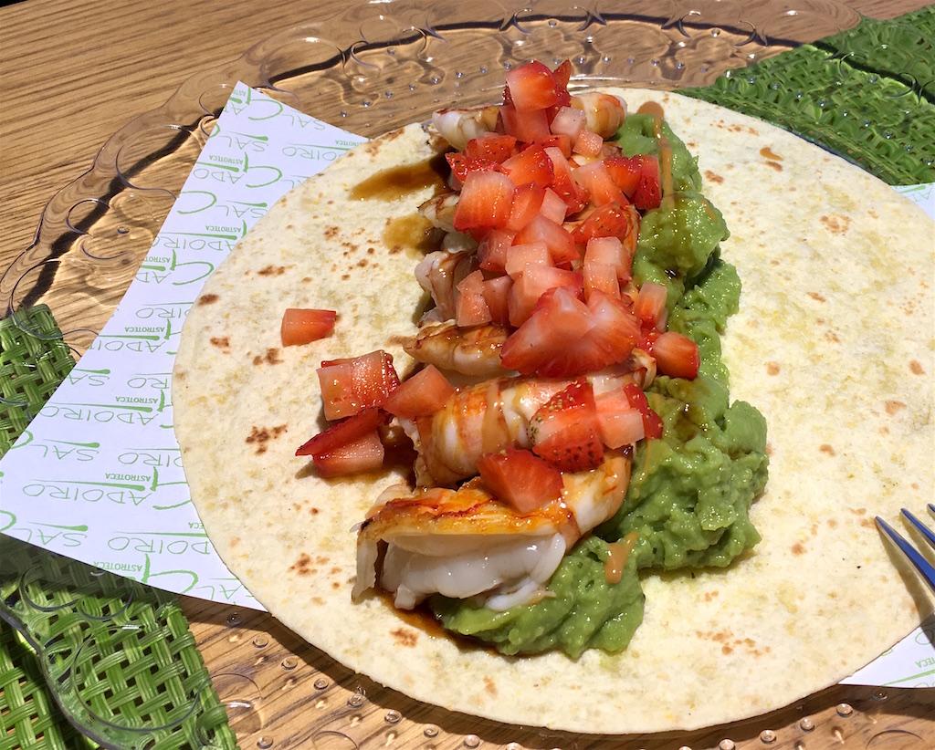 shrimp guacamole strawberry taco salgadoiro sanxenxo