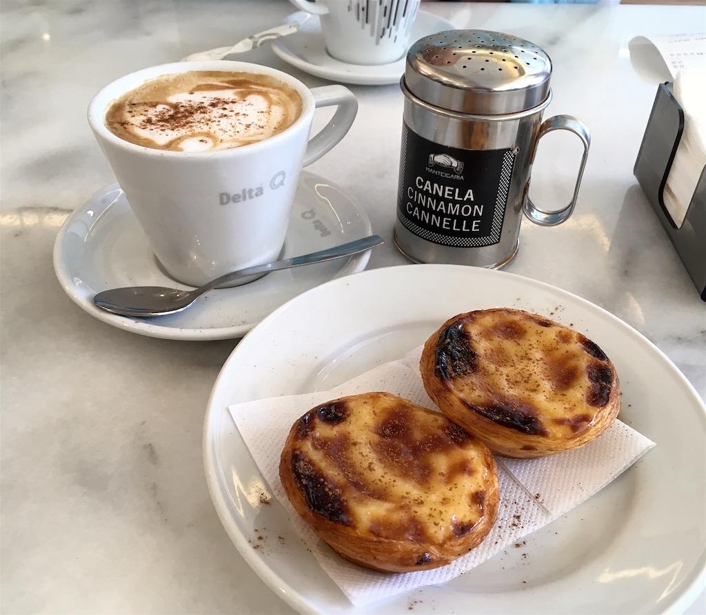 Manteigaria pastel de nata cappuccino