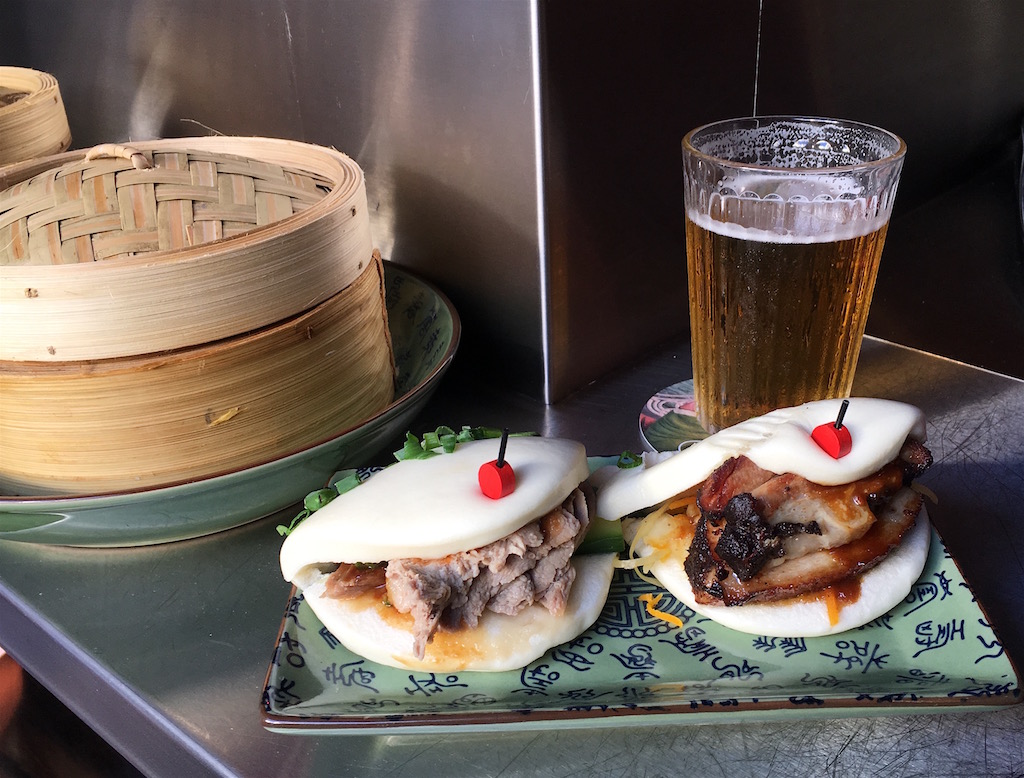 Boa-Bao Bao buns and beer Porto
