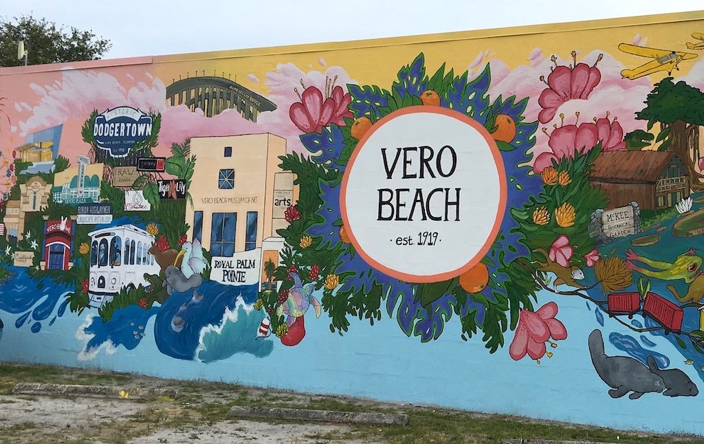 vero beach historic arts district mural