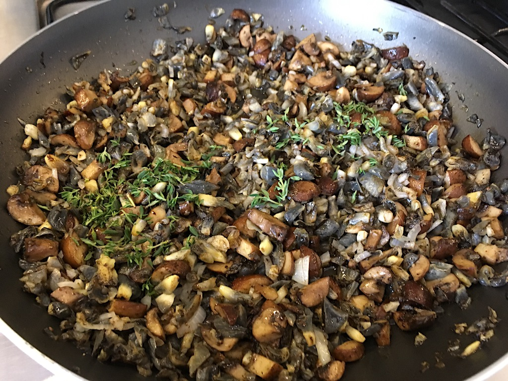 huitlacoche mushroom saute with thyme