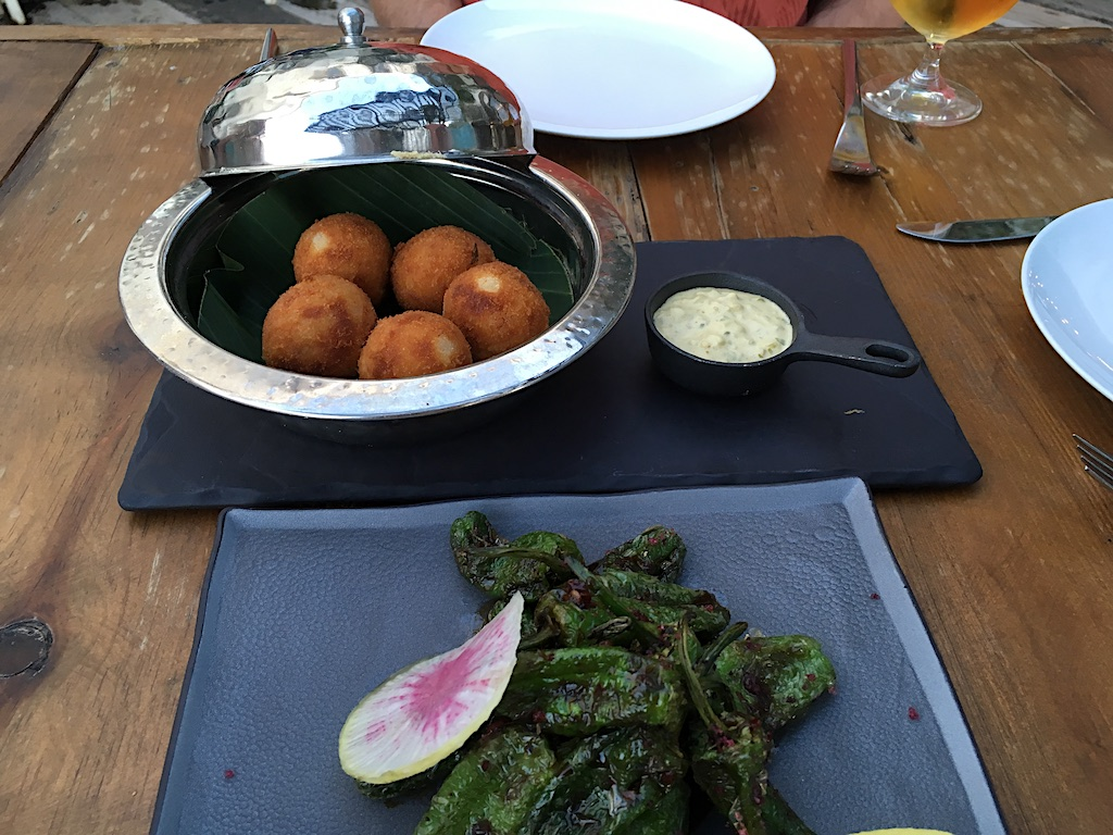 Live Aqua Yintony croquetas and padron peppers
