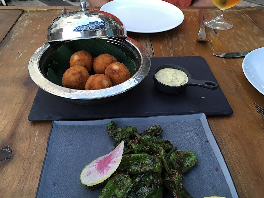 Live Aqua Yintony croquetas and padron peppers