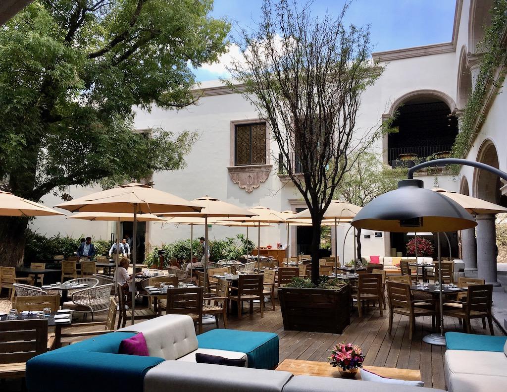 zibu allende courtyard live aqua urban resort