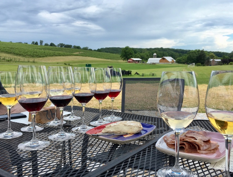 Black Ankle Vineyards outdoor tasting flight
